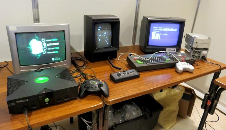 Une Vectrex, une Xbox et un Amstrad CPC 464